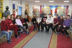 Обучающиеся старших классов школы №2 слушают 7 симфонию Д. Шостаковича
