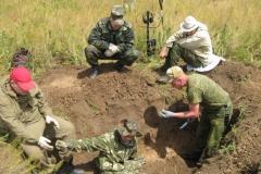 Шаповалов и Салихов зачищают окоп