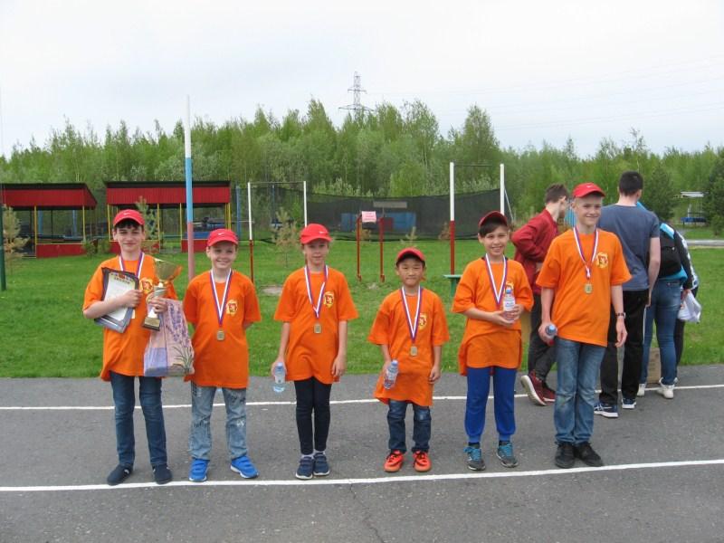 Победители игры 1 место - команда лагеря Пятиборец