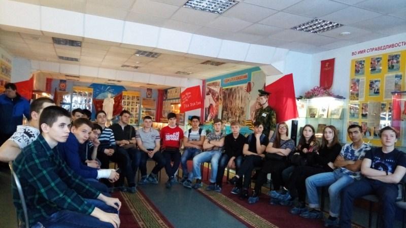 Просморт студентами ЛПК видеофильма Сталинградская битва