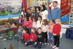 Воспитанники и родители после эксурсии в музее Боевой Славы
