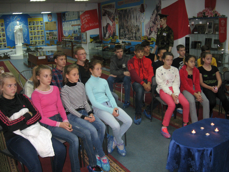 Участники мероприятия Россия против террора 1